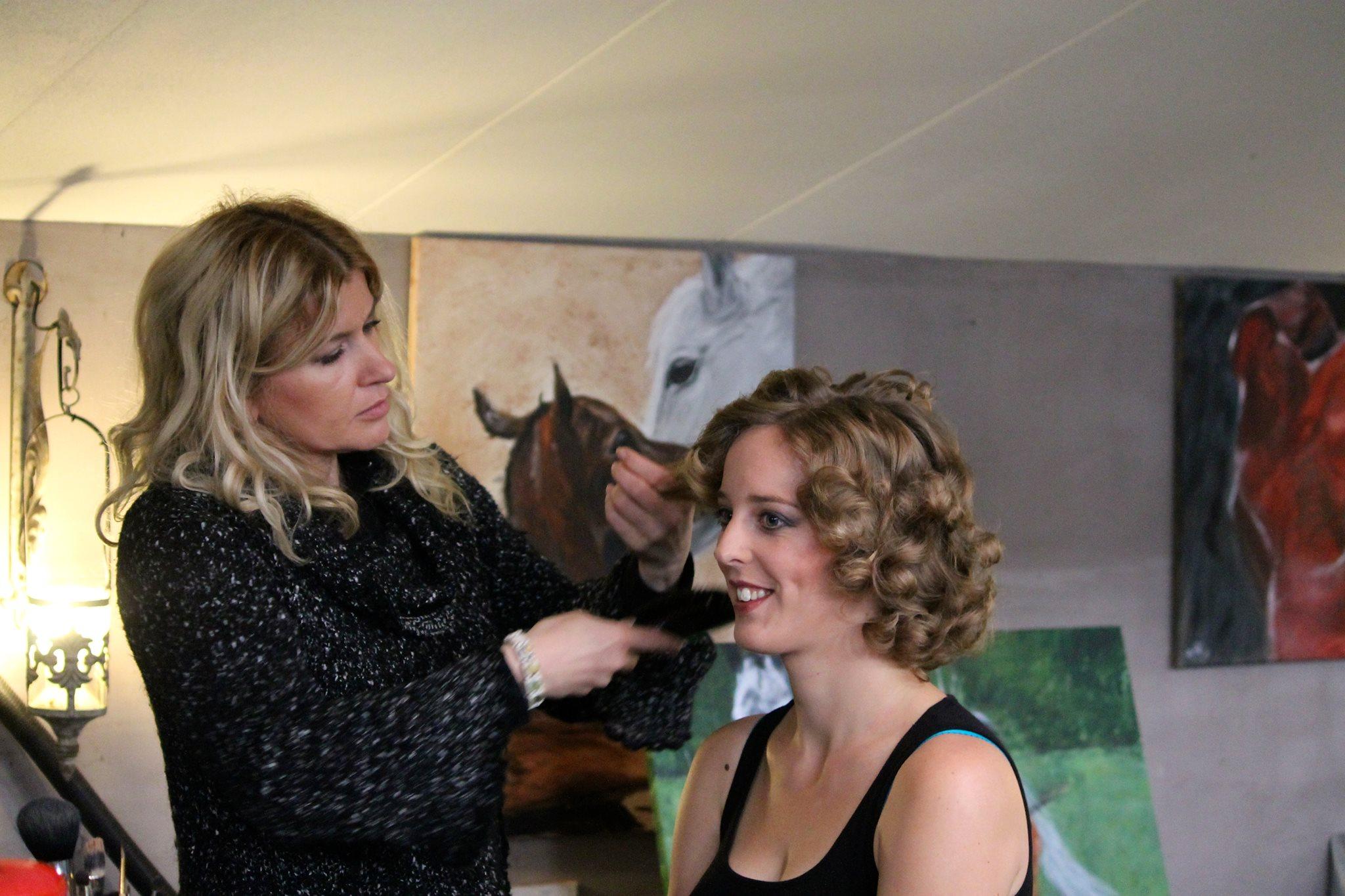Paardenshoot in Binnenbak - Blog - Carine Belzon | Fotograaf